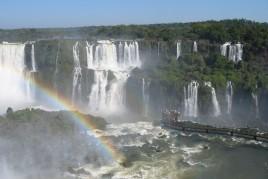 "<a href=""http://www.maiorviagem.net/?page_id=3926""><font color=""#FFD11B"">Região Sul </font></a><br>"
