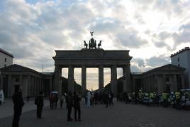 "<a href=""http://www.maiorviagem.net/?page_id=4064 ""><font color=""#555555"">Alemanha</font></a><br>"