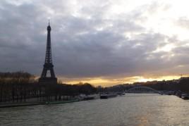 """<a href=""""http://www.maiorviagem.net/?page_id=4069 """"><font color=""""#555555"""">França</font></a><br>"""