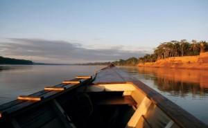 tambopata-barco-rio-madre-de-dios