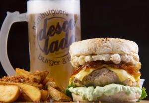 descolado-burger-and-beer-chicken-nuth-foto-ricardo-sombra
