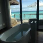 Velassaru Maldives banheiro