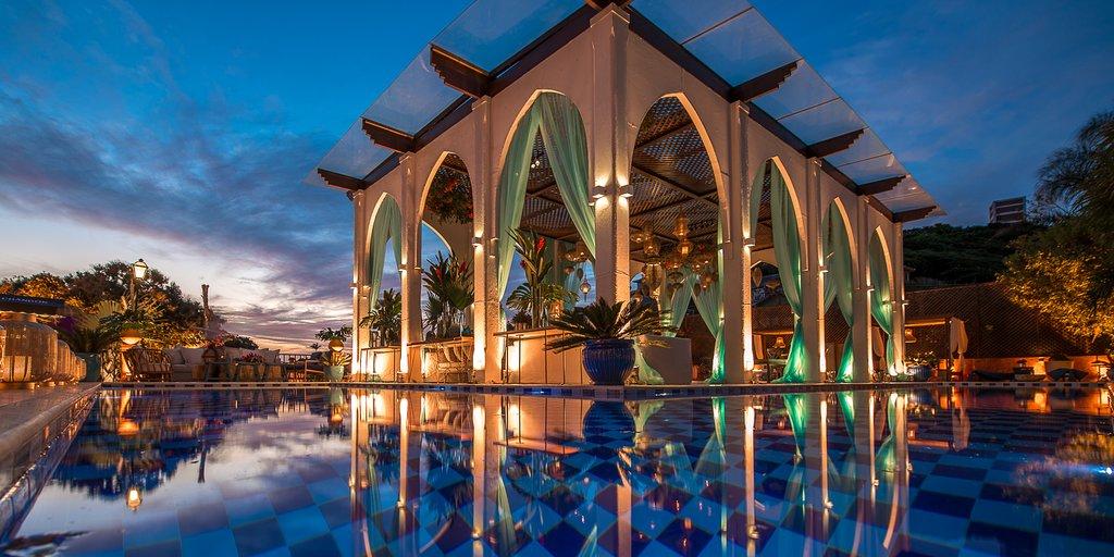 hotel-na-praia-da-ferradura-pedra-de-laguna-9