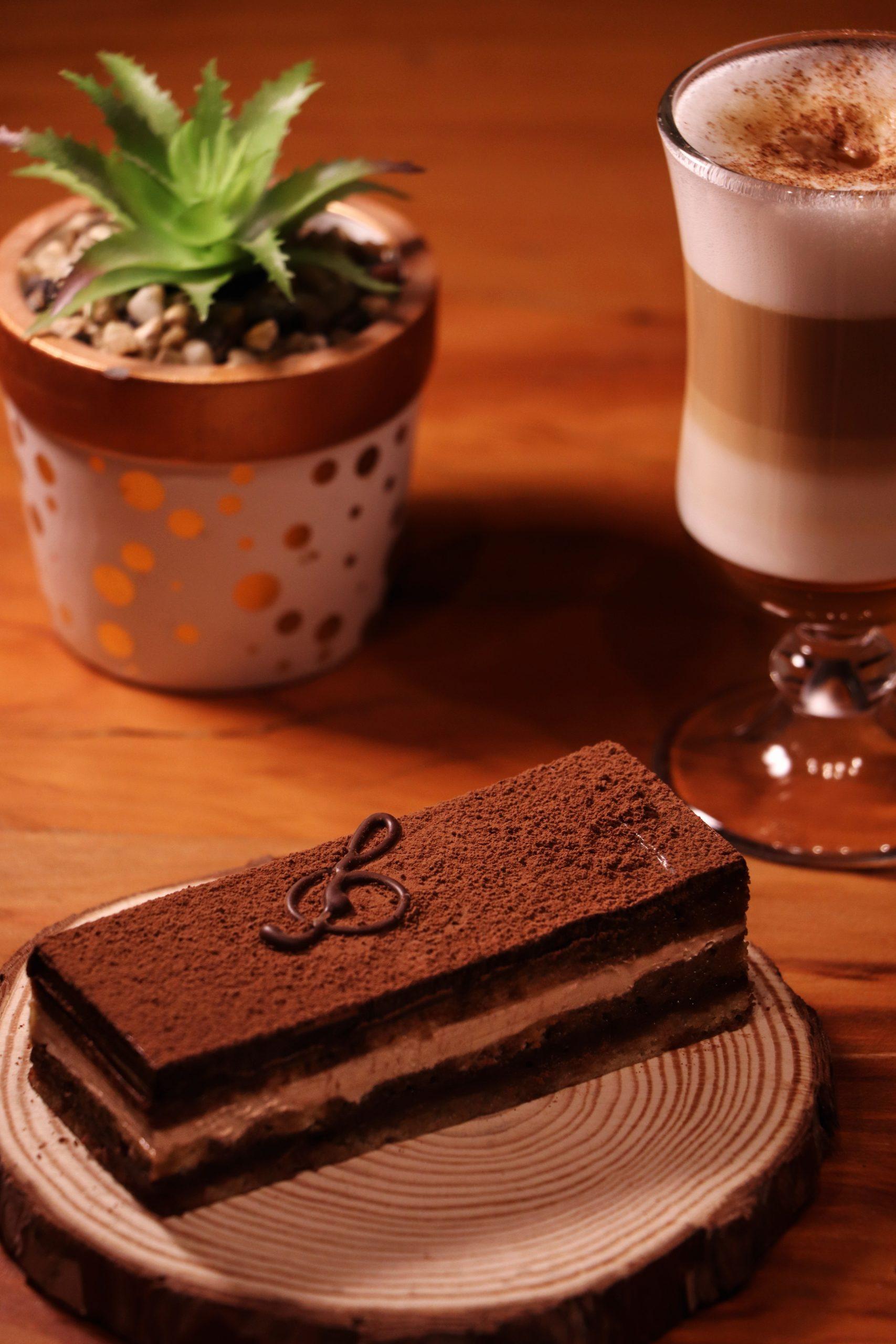 DARKCOFFEE_OPERA-DE-CAFE_CRED_DIANA-CABRAL